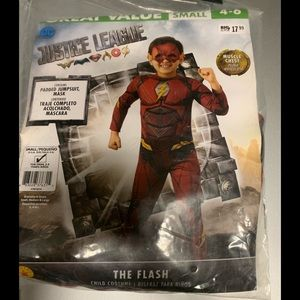 New Justice league costume The Flash